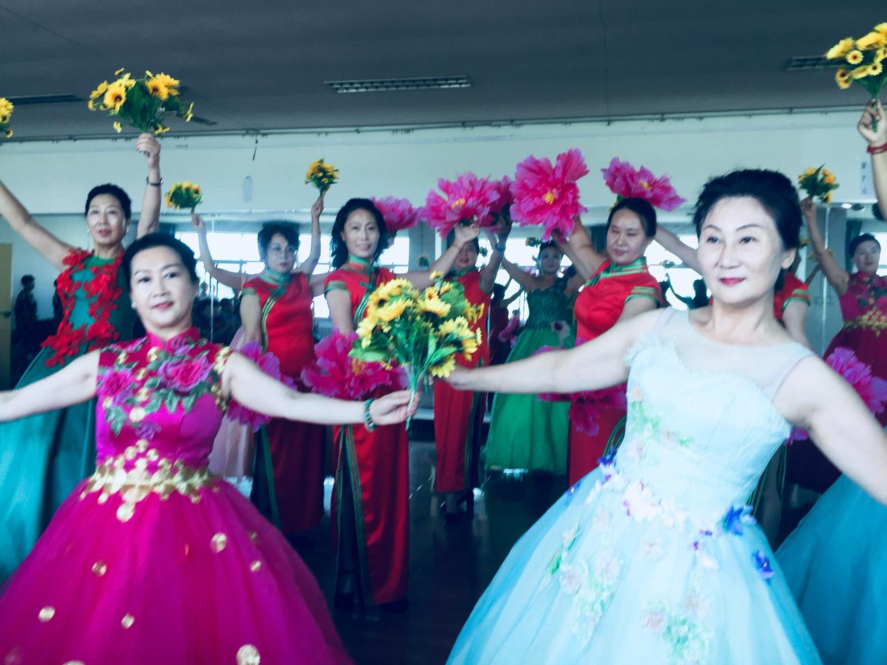 渭南市老年大学模特协会开学典礼暨庆祝祖国70周年
